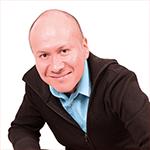 Erik Pena Salazar, Communication Synergie
